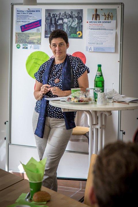 Ministerin Steffens zum Thema Quartiersentwicklung inNeuss