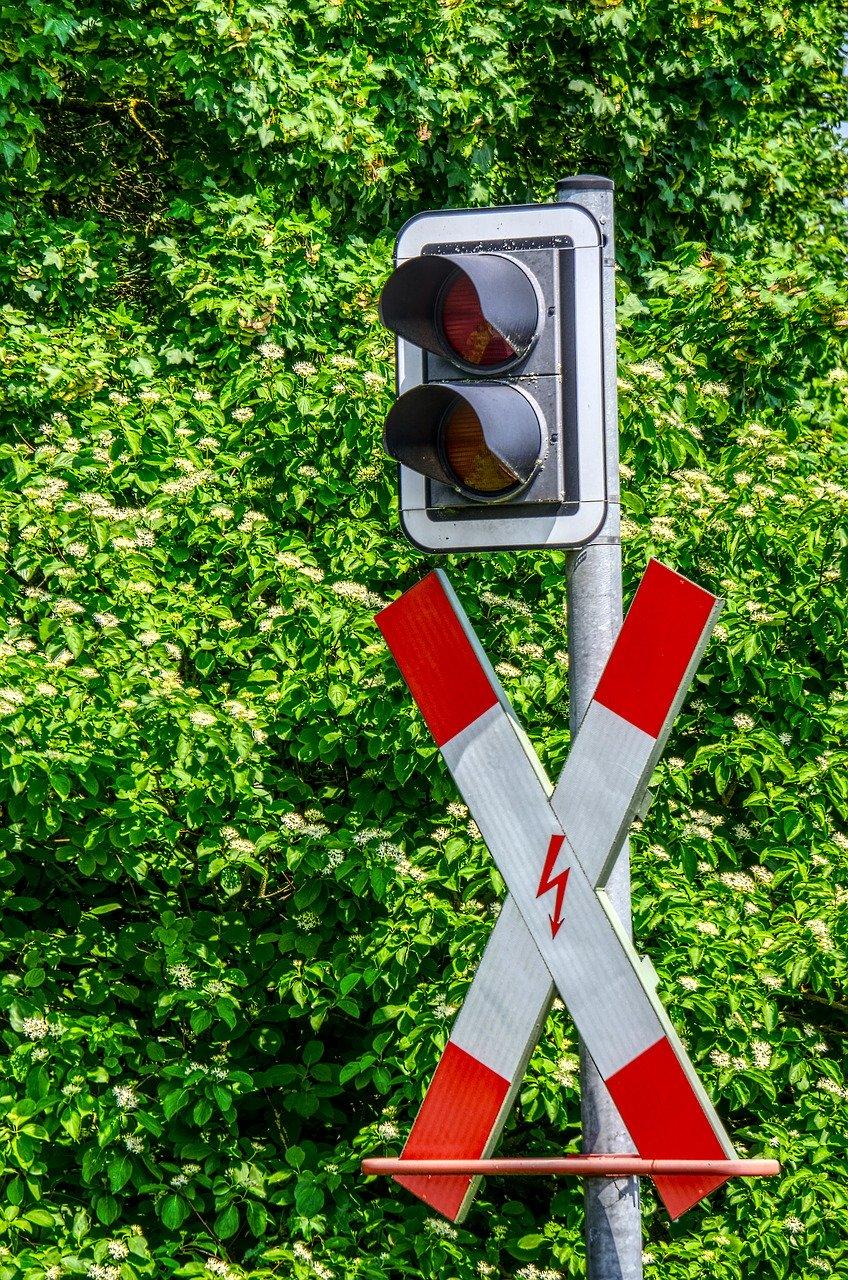 GRÜNE für Beseitigung des Bahnübergangs in Grevenbroich