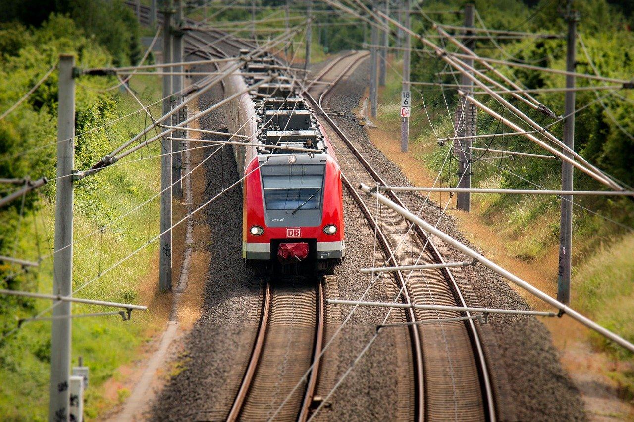 Revier-S-Bahn auf den Weg zu bringen